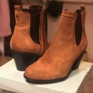 Sam Edelman Brown Suede Booties Size 6